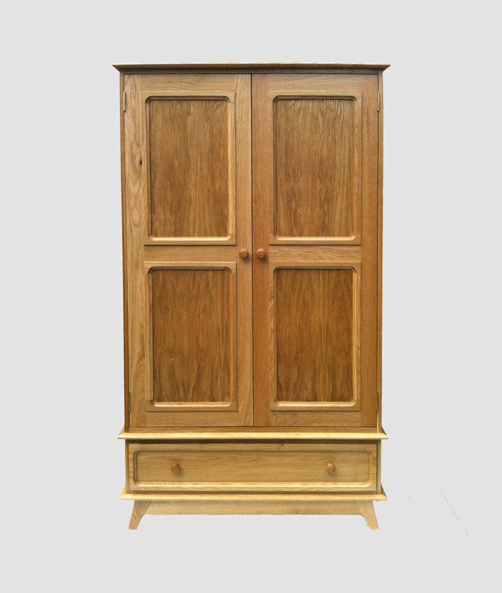charlie-caffyn-designs-oak-wardrobe